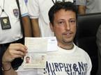 客机现更多可疑护照