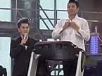 陈英俊自嘲是大叔 跑步机上唱《两只老虎》
