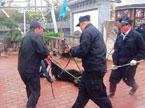 山西运城:女童街边玩耍 被藏獒咬伤